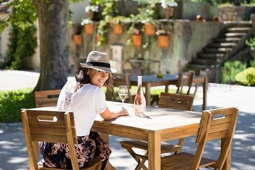 Coucher de soleil dans le vignoble gassinois - https://gassin.eu
