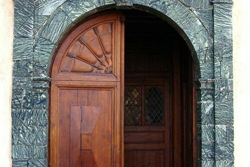 Portail en Serpentine Eglise Notre Dame