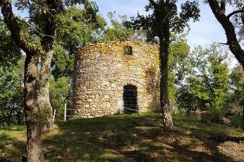 Le moulin  à vent de l'Adrech