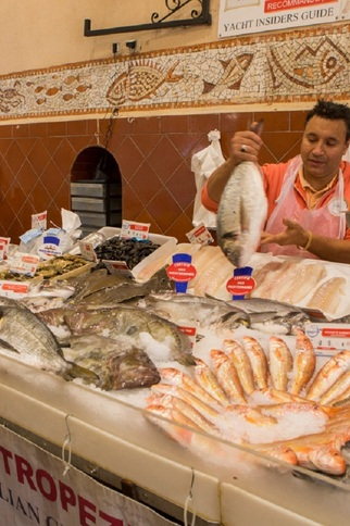Marché aux poissons - Saint-Tropez