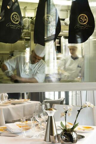 Bar by Dom Perignon