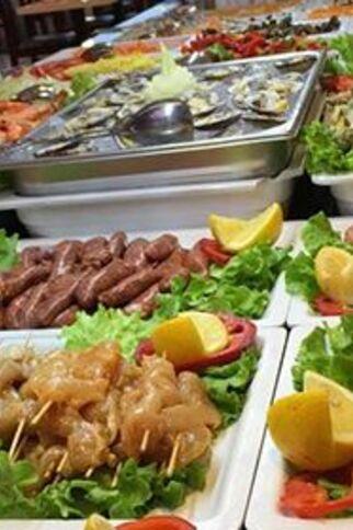 Viande et fruits de mer à plancha