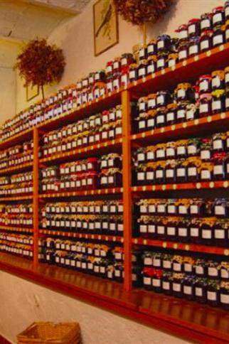 Maison des Confitures - confiserie artisanale à Gassin - https://gassin.eu