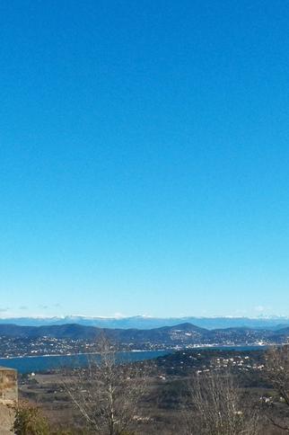 L'Office de tourisme de Gassin by night - https://