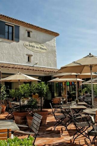 Hôtel restaurant le Relais des Maures